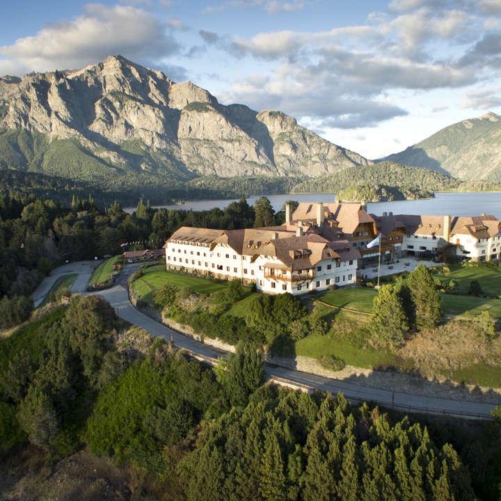 Circuito Chico Bariloche : Zigzag travel circuito chico y cerro catedral