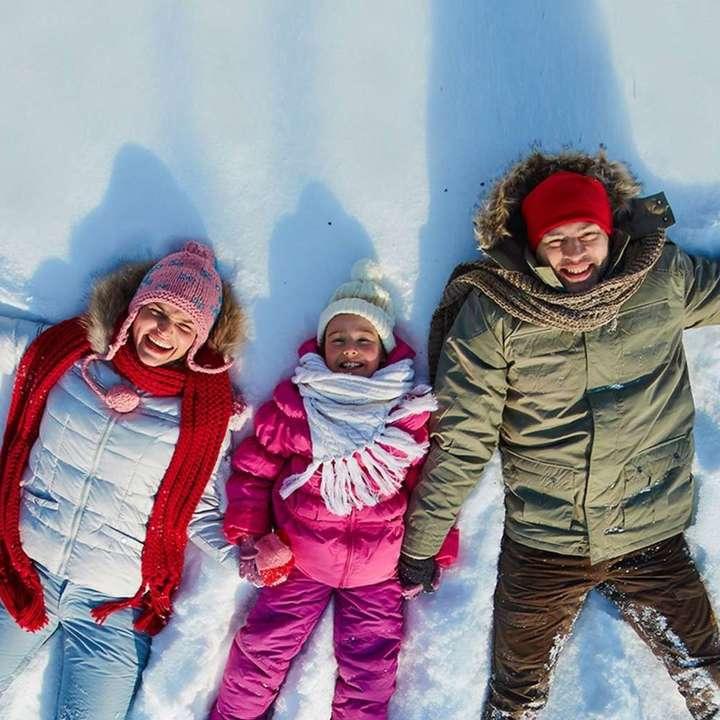 23fa39fc96 ZigZag Travel - Alquiler de Ropa para la Nieve